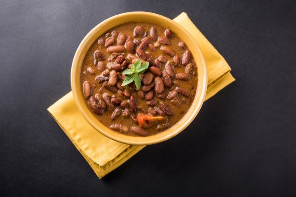 Special and more tasty Rajma more battery roti